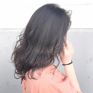 黒髪 ミディアム アッシュ ミルクティー ヘアスタイルや髪型の写真・画像 ヘアスタイルや髪型の写真・画像