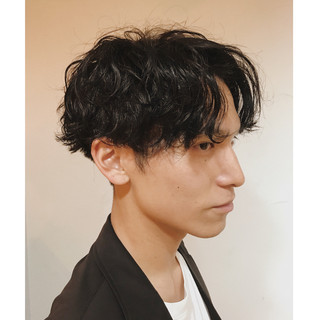 センター分け オルチャン ボーイッシュ ナチュラル ヘアスタイルや髪型の写真・画像
