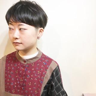 マッシュ ナチュラル ミルクティー ショート ヘアスタイルや髪型の写真・画像