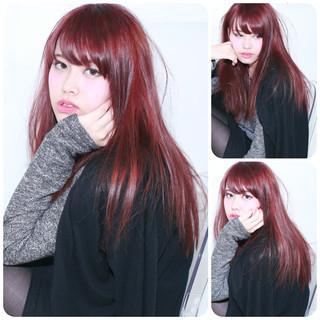レイヤーカット 外国人風 レッド ストレート ヘアスタイルや髪型の写真・画像