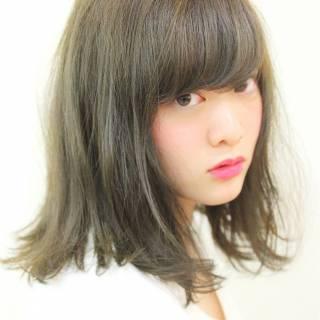 シースルーバング ミディアム 大人かわいい ナチュラル ヘアスタイルや髪型の写真・画像