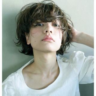 ウェットヘア ゆるふわ 大人かわいい ナチュラル ヘアスタイルや髪型の写真・画像