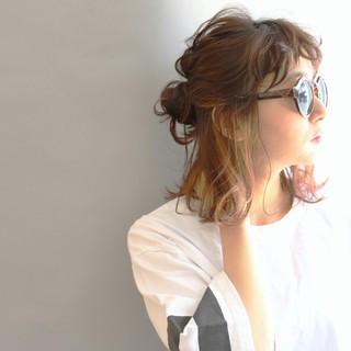 ストリート パーマ 外国人風 ミディアム ヘアスタイルや髪型の写真・画像 ヘアスタイルや髪型の写真・画像