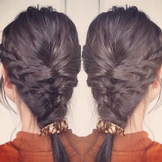 ミディアム 三つ編み ダブルカラー アッシュ ヘアスタイルや髪型の写真・画像