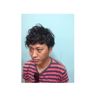 メンズ 黒髪 ショート ストリート ヘアスタイルや髪型の写真・画像