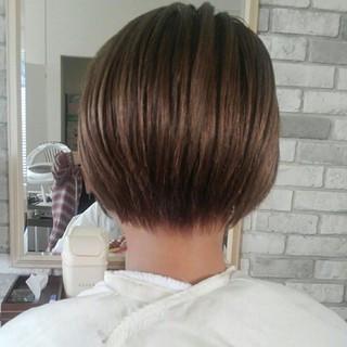 グレージュ 秋 ナチュラル ストレート ヘアスタイルや髪型の写真・画像 ヘアスタイルや髪型の写真・画像