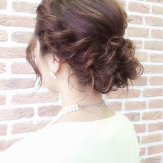 海外女子のヘアアレンジが可愛い♡バリエーション豊富なヘアアレンジ集