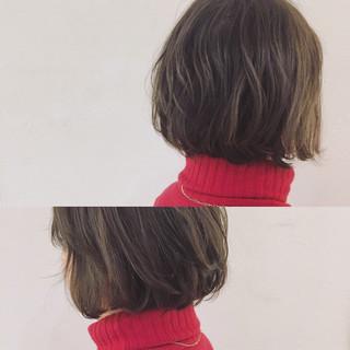 アッシュ ボブ パーマ ニュアンス ヘアスタイルや髪型の写真・画像