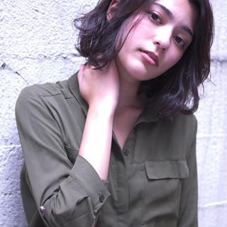 ショートヘア ミニボブ ショートボブ ナチュラル ヘアスタイルや髪型の写真・画像