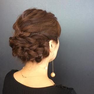 エレガント ミディアム 編み込み 結婚式 ヘアスタイルや髪型の写真・画像 ヘアスタイルや髪型の写真・画像