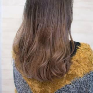 セミロング グラデーションカラー 冬 大人女子 ヘアスタイルや髪型の写真・画像 ヘアスタイルや髪型の写真・画像