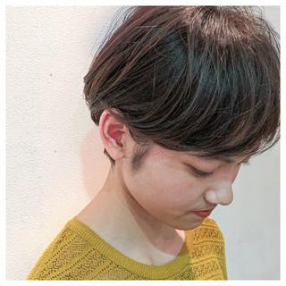 ナチュラル グレージュ ショートヘア ハイライト ヘアスタイルや髪型の写真・画像