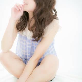 愛され フェミニン セミロング ゆるふわ ヘアスタイルや髪型の写真・画像