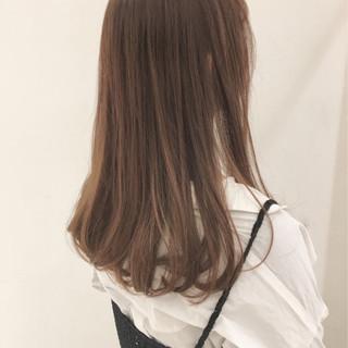 フェミニン 大人かわいい 透明感 セミロング ヘアスタイルや髪型の写真・画像