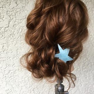 ゆるふわ パーティ ナチュラル シニヨン ヘアスタイルや髪型の写真・画像 ヘアスタイルや髪型の写真・画像