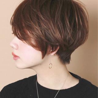 うざバング ナチュラル 大人かわいい ショート ヘアスタイルや髪型の写真・画像 ヘアスタイルや髪型の写真・画像
