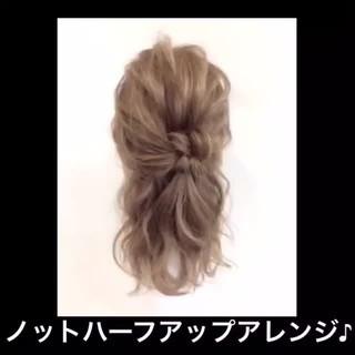 ショート ハーフアップ セミロング 簡単ヘアアレンジ ヘアスタイルや髪型の写真・画像