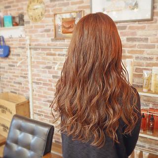 ロング ガーリー ピンクブラウン ピンクベージュ ヘアスタイルや髪型の写真・画像