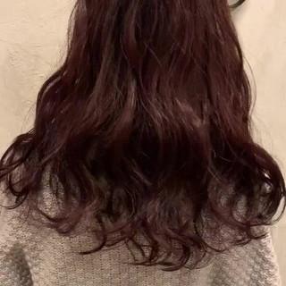 ガーリー レッド ロング レッドカラー ヘアスタイルや髪型の写真・画像