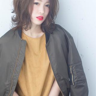 ストリート ハイライト グラデーションカラー アッシュ ヘアスタイルや髪型の写真・画像