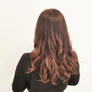イルミナカラー ロング ピンク 大人かわいい ヘアスタイルや髪型の写真・画像 ヘアスタイルや髪型の写真・画像
