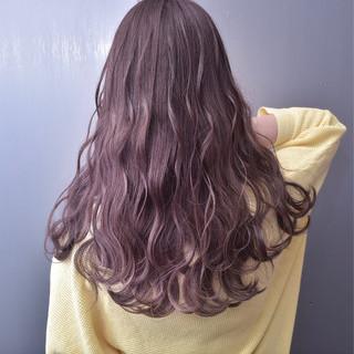 ラベンダーアッシュ ラベンダーピンク ロング 外国人風カラー ヘアスタイルや髪型の写真・画像