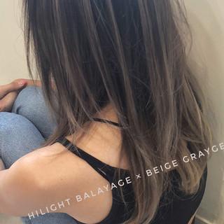 アンニュイほつれヘア バレイヤージュ 外国人風カラー ハイライト ヘアスタイルや髪型の写真・画像 ヘアスタイルや髪型の写真・画像