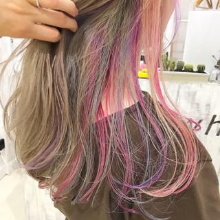 ピンクバイオレット インナーカラーパープル バイオレット ユニコーンカラー ヘアスタイルや髪型の写真・画像