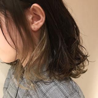 エレガント ミルクティーベージュ アッシュベージュ ボブ ヘアスタイルや髪型の写真・画像