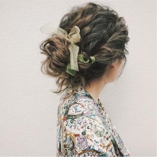 ナチュラル セミロング 大人かわいい 結婚式 ヘアスタイルや髪型の写真・画像 ヘアスタイルや髪型の写真・画像