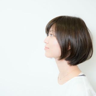 外国人風 暗髪 アッシュ 大人かわいい ヘアスタイルや髪型の写真・画像