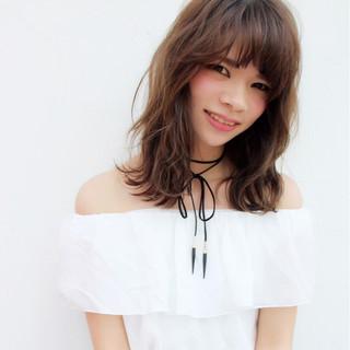 くせ毛風 ガーリー ミディアム ハイライト ヘアスタイルや髪型の写真・画像