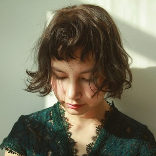 黒髪 暗髪 外国人風 ナチュラル ヘアスタイルや髪型の写真・画像