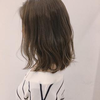 大人かわいい 透明感 ロブ グレージュ ヘアスタイルや髪型の写真・画像