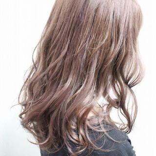 ハイライト フェミニン 透明感 セミロング ヘアスタイルや髪型の写真・画像