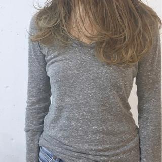 大人かわいい ロング デート 外国人風カラー ヘアスタイルや髪型の写真・画像