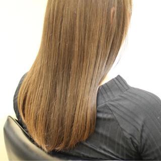 イルミナカラー ロング 透明感 フェミニン ヘアスタイルや髪型の写真・画像