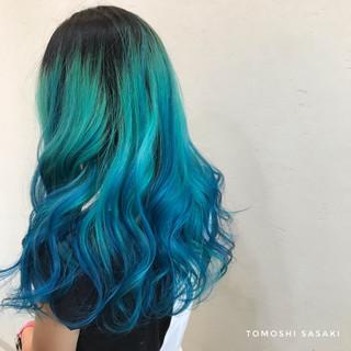 派手髪 ブリーチ必須 グラデーションカラー ガーリー ヘアスタイルや髪型の写真・画像