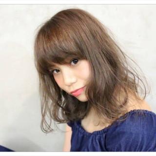 外国人風 ミディアム 外国人風カラー 前髪あり ヘアスタイルや髪型の写真・画像