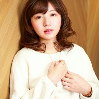 外国人風 ミディアム 大人かわいい ガーリー ヘアスタイルや髪型の写真・画像