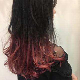 ガーリー ブリーチ イルミナカラー ロング ヘアスタイルや髪型の写真・画像