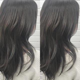 ガーリー ロング 暗髪 グレージュ ヘアスタイルや髪型の写真・画像