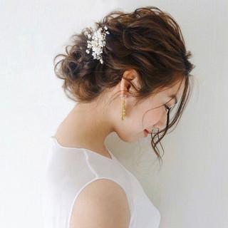 フェミニン 結婚式ヘアアレンジ ゆるナチュラル 大人かわいい ヘアスタイルや髪型の写真・画像