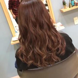フェミニン ロング 外国人風カラー モテ髪 ヘアスタイルや髪型の写真・画像
