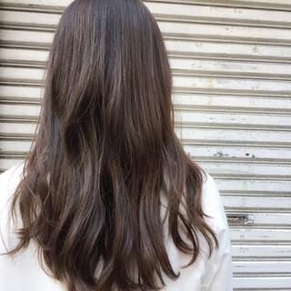 ミディアム ナチュラル ハイライト 外国人風 ヘアスタイルや髪型の写真・画像