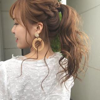 フェミニン ヘアアレンジ 成人式 簡単ヘアアレンジ ヘアスタイルや髪型の写真・画像