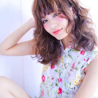 フェミニン ミディアム 外国人風 ボブ ヘアスタイルや髪型の写真・画像