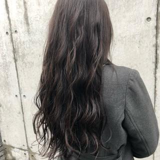 グレージュ アンニュイほつれヘア 表参道 ヘアアレンジ ヘアスタイルや髪型の写真・画像