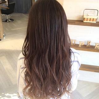 春 グラデーションカラー ハイトーン ロング ヘアスタイルや髪型の写真・画像