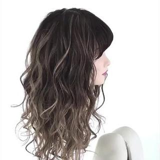 外国人風カラー アッシュグレージュ アッシュベージュ アッシュ ヘアスタイルや髪型の写真・画像